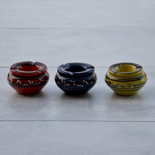 Lot de 3 cendriers anti fumée rouge, bleu et vert anis - Mini modèle